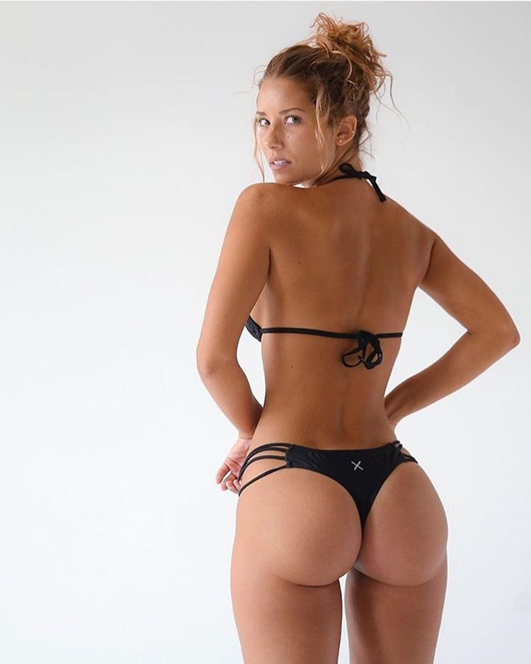 a perfect ass 😱❤ ❤ . . . . . . #nyc #newyork #california