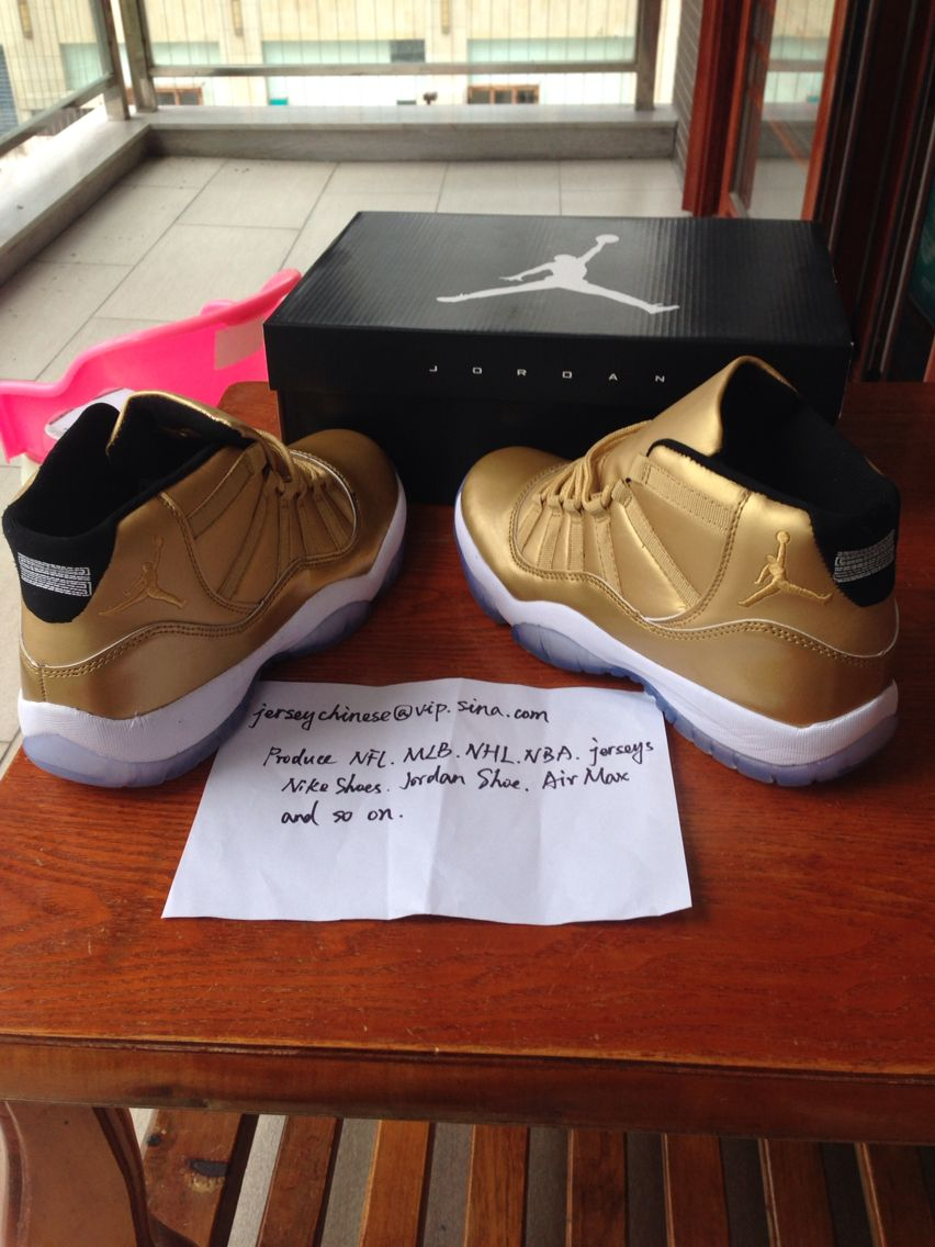 Nike air jordan 11s all gold sample gold shoes color way  fabrique en  chine-Hecho en China style code  136046 019 1f7e41b2f