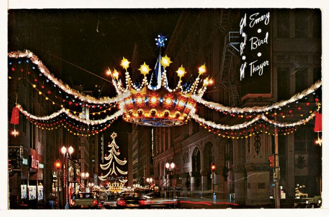 How about a little Kansas City Christmas history? These giant ...