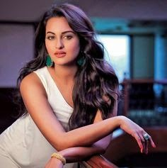 Sonakshi Sinha Hot And Sexy Wallpaper Photo And Images Indiana