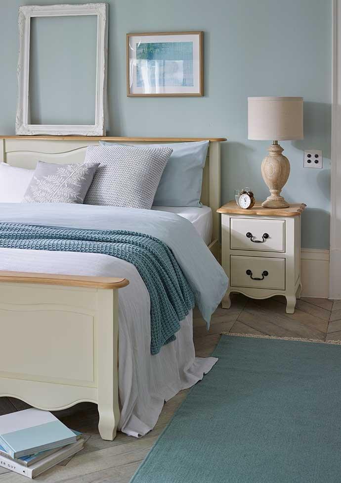 Bedroom Design Ideas for Couples | Oak Furniture Land Blog