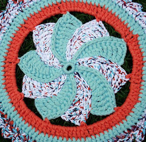 Tapete Catavento De Trapilhos Crochet