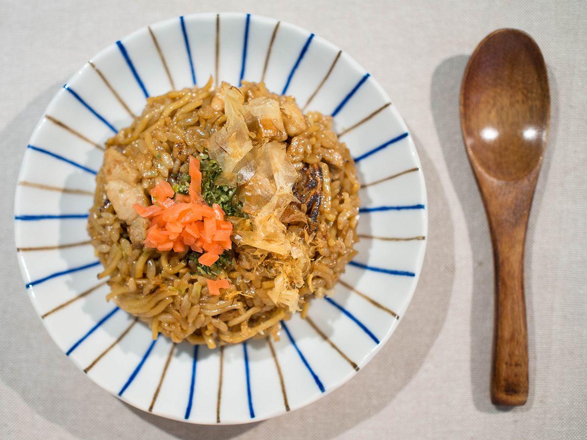 炒麵飯そばめし 神戶名物 家庭料理 料理 そばめし