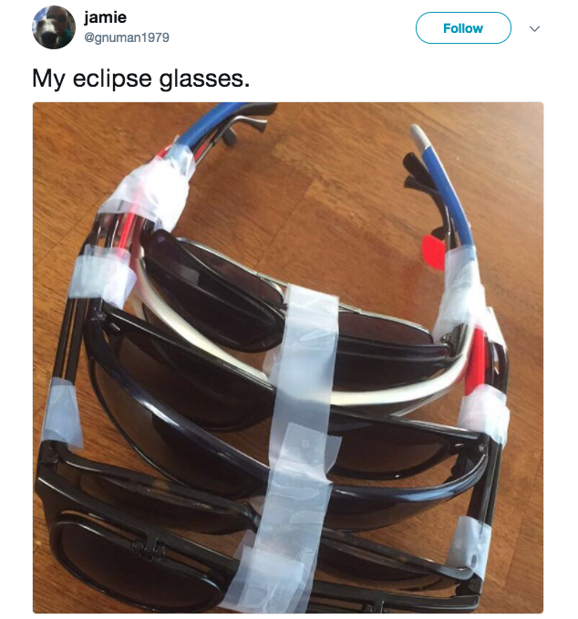 26 Hilarious Tweets About The Solar Eclipse That'll Make
