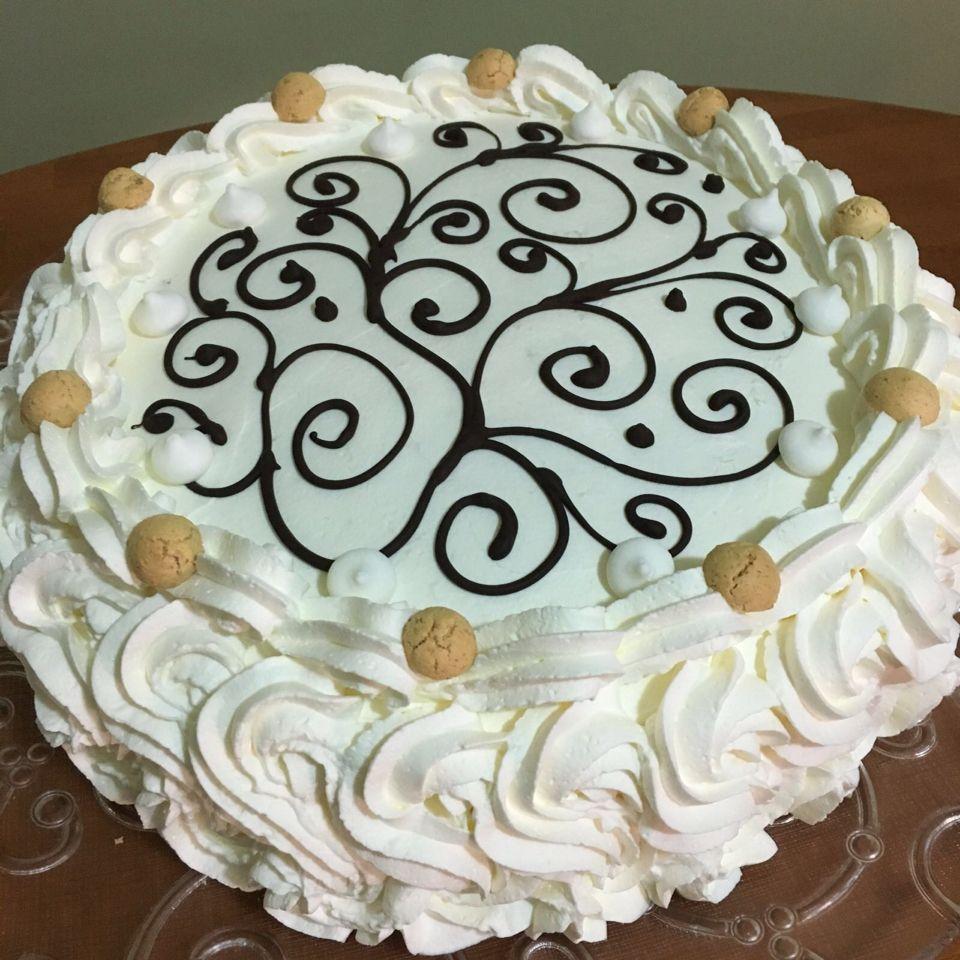 Pizza dolce torta decorata con panna torte decorate - Decorazioni natalizie per torte ...