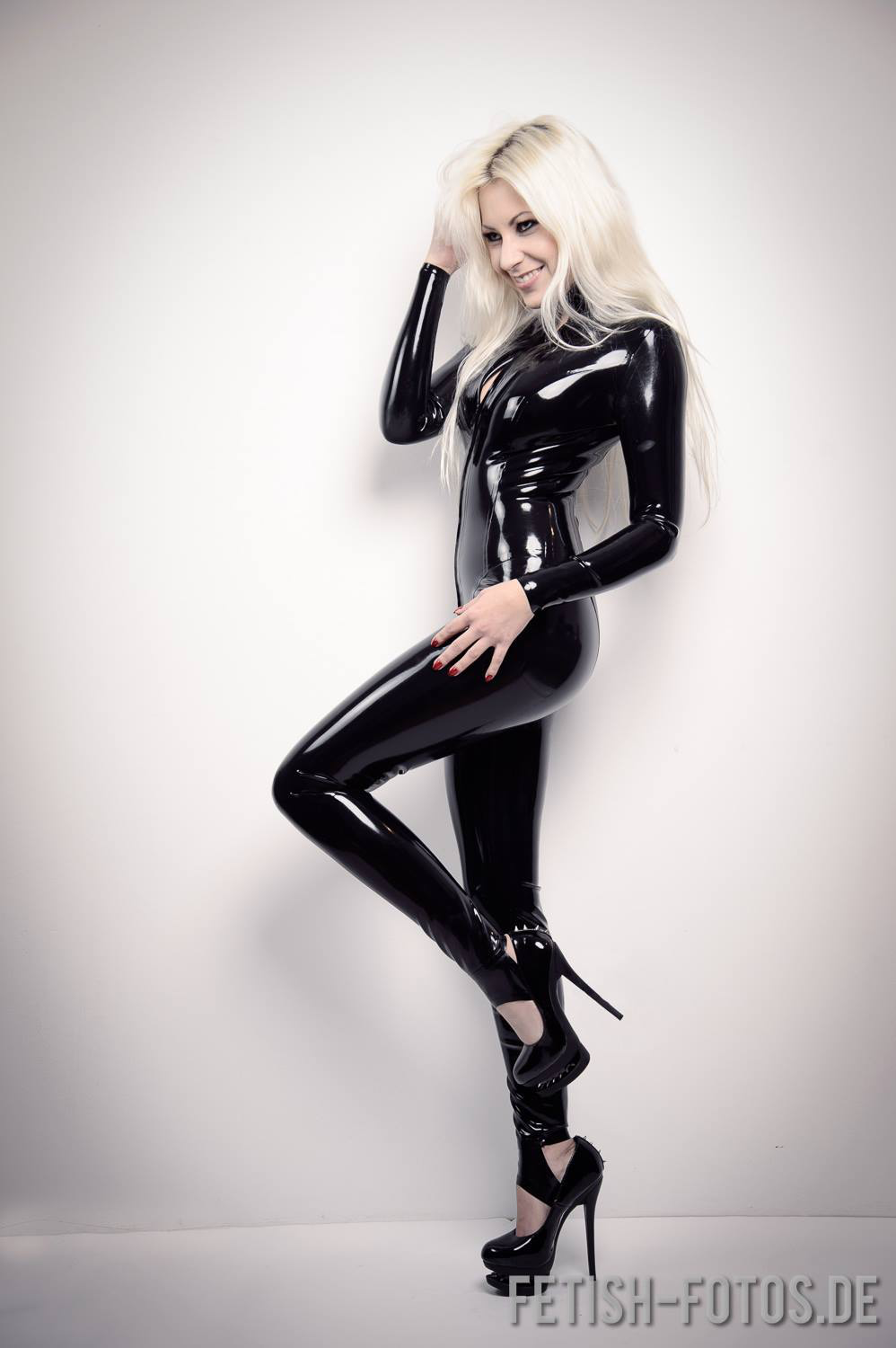 Latex fetish photos