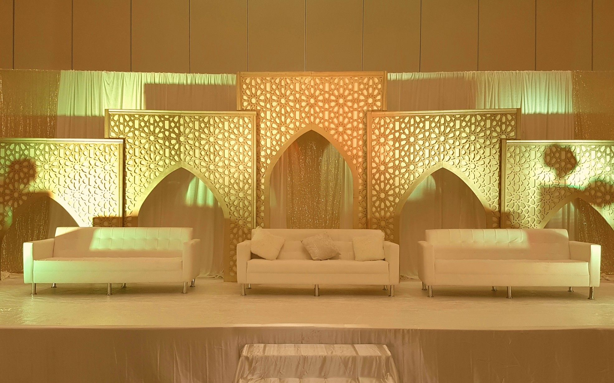 Pin by Red Stone events on wedding stage decoration for Arabic ...