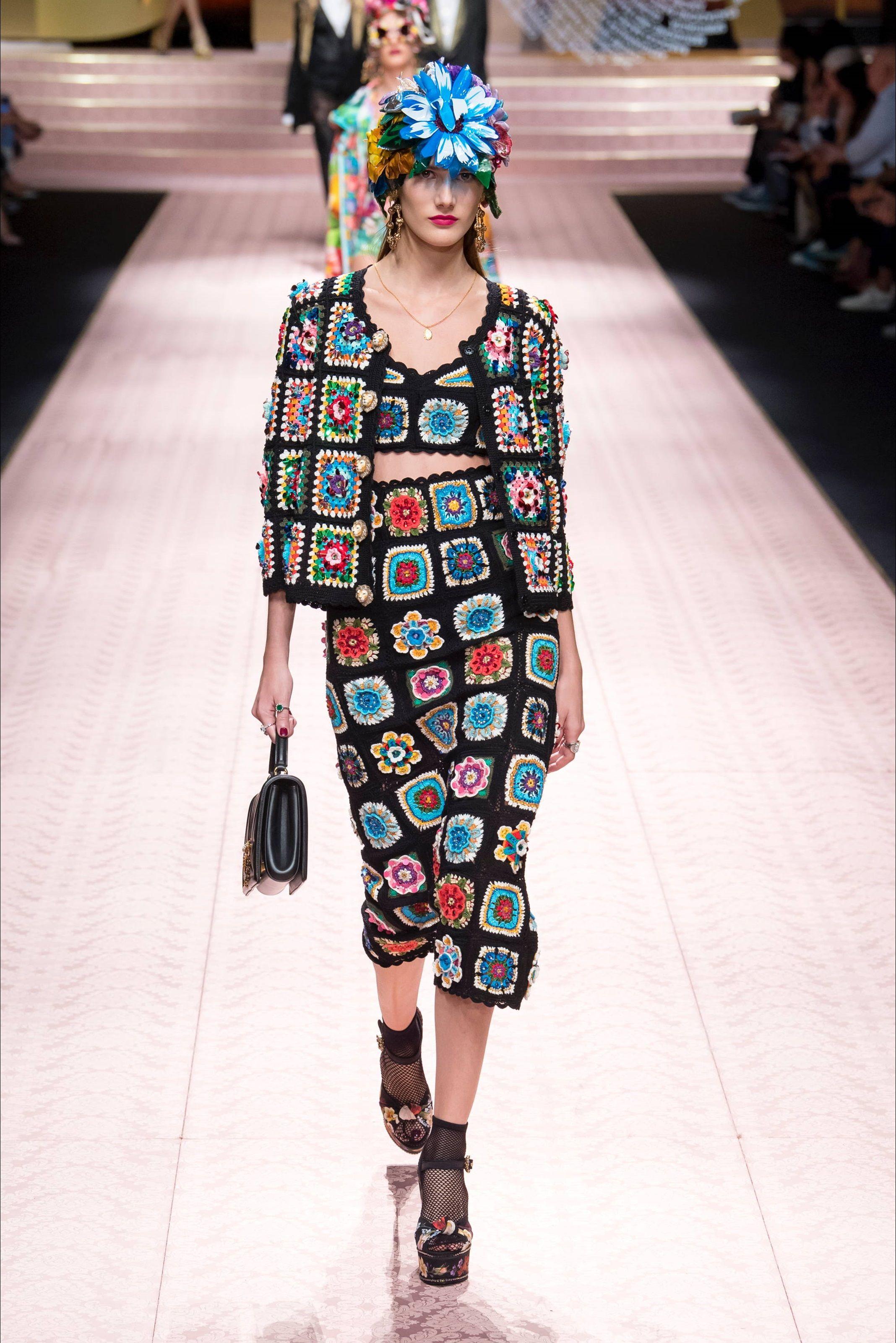e0bc21678f5b Sfilata Dolce & Gabbana Milano - Collezioni Primavera Estate 2019 - Vogue