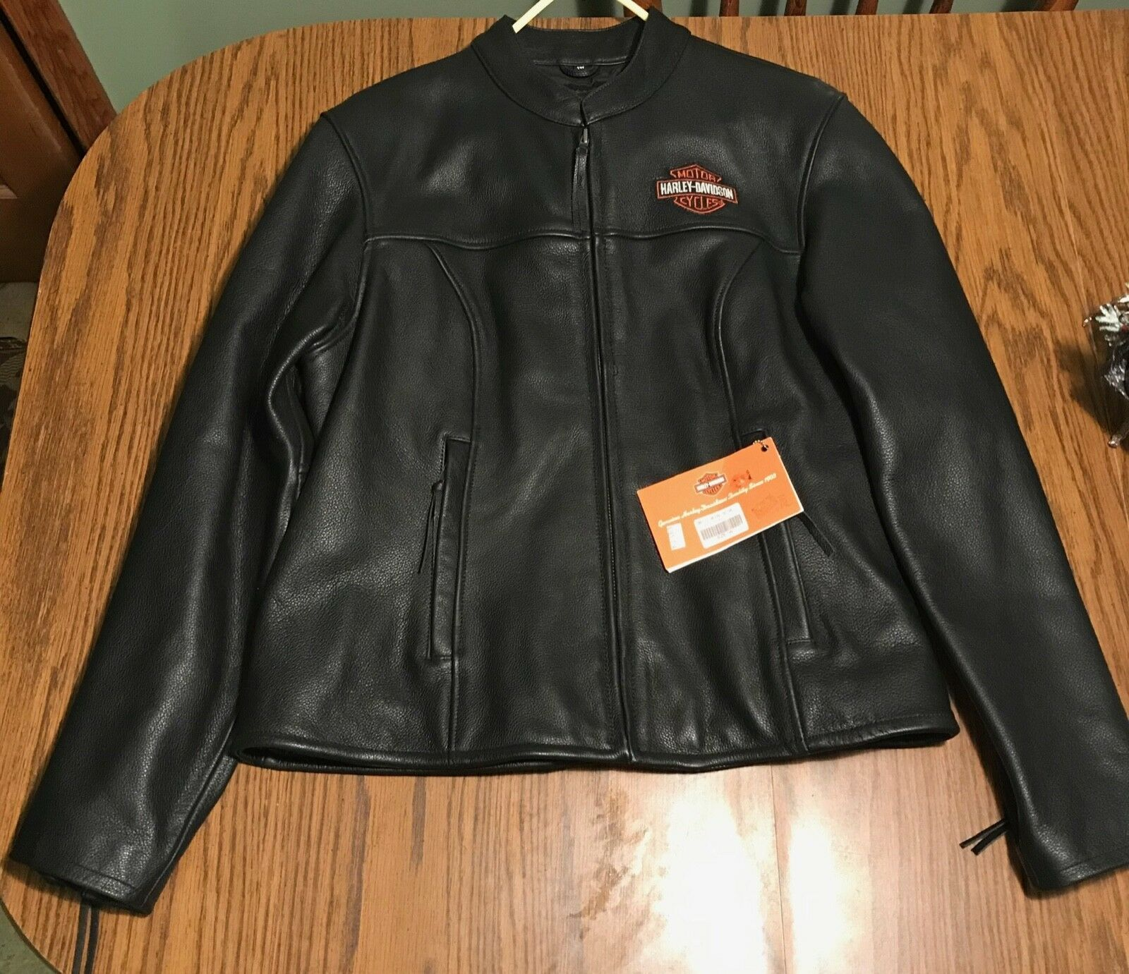 Forsale At 122 Women S Harley Davidson 1w Leather Jacket Woman Leather Jacket Leather Jacket Leather Jackets Women Velvet Blazer Women [ 1381 x 1600 Pixel ]