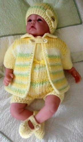 Lovely hand knitted Baby set by RenisDesignermodelle on Etsy