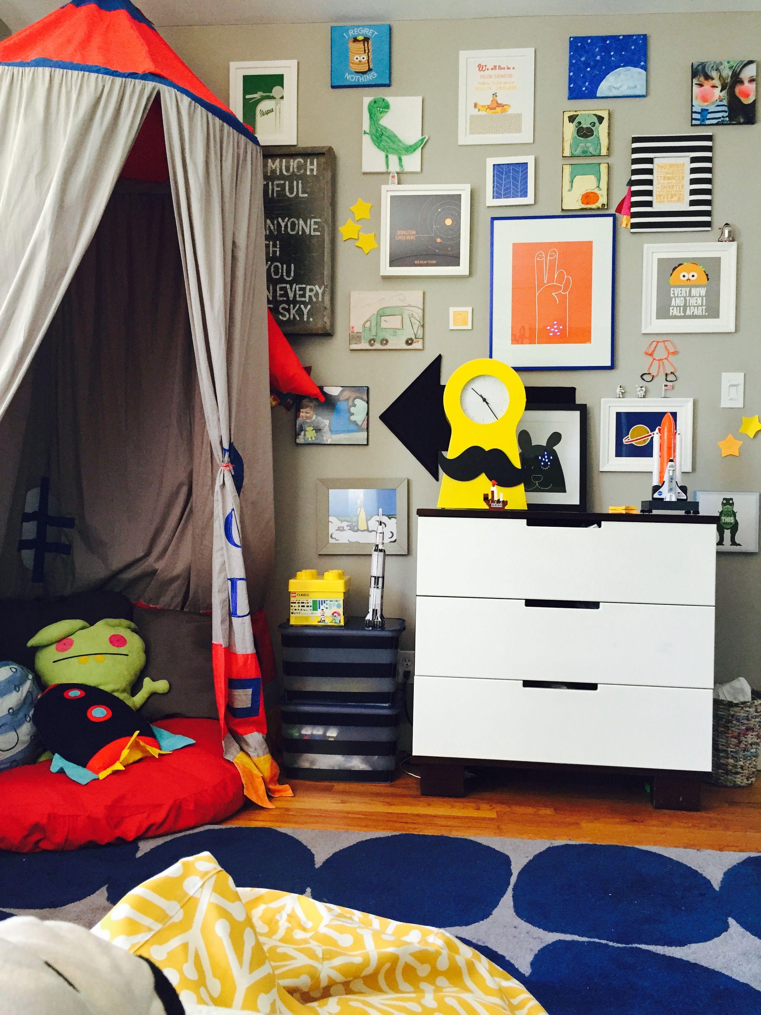 Land Of Nod Rocket Ikea Clock Our Diy Gallery Wall