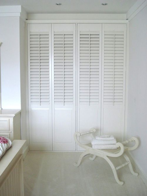 louvered wardrobe doors cottage bedroomscountry bedroomstheme - Louvered Bedroom Decor
