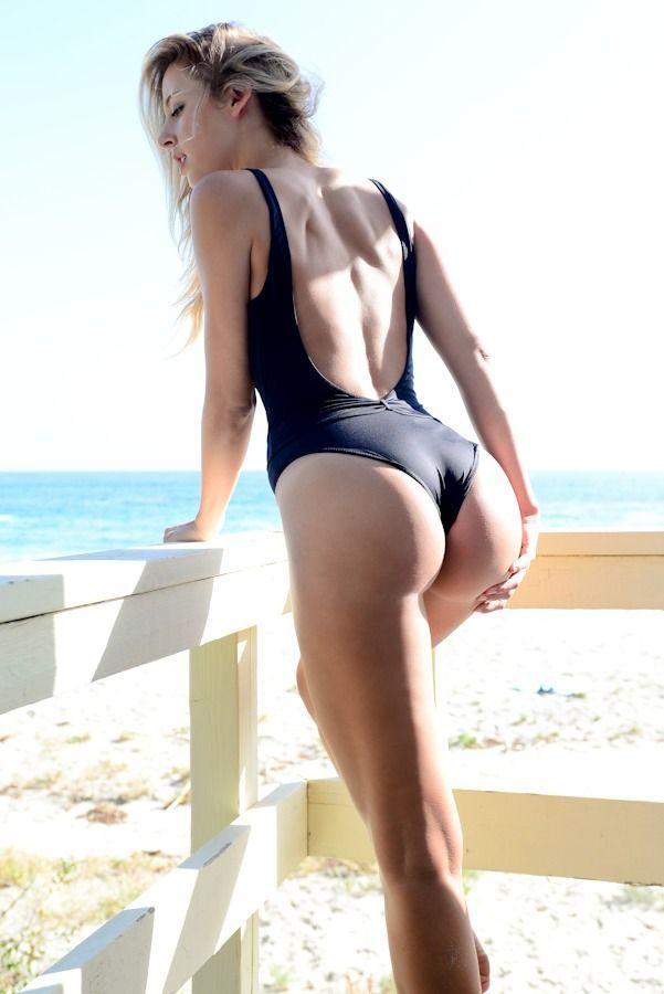 Hot ass model