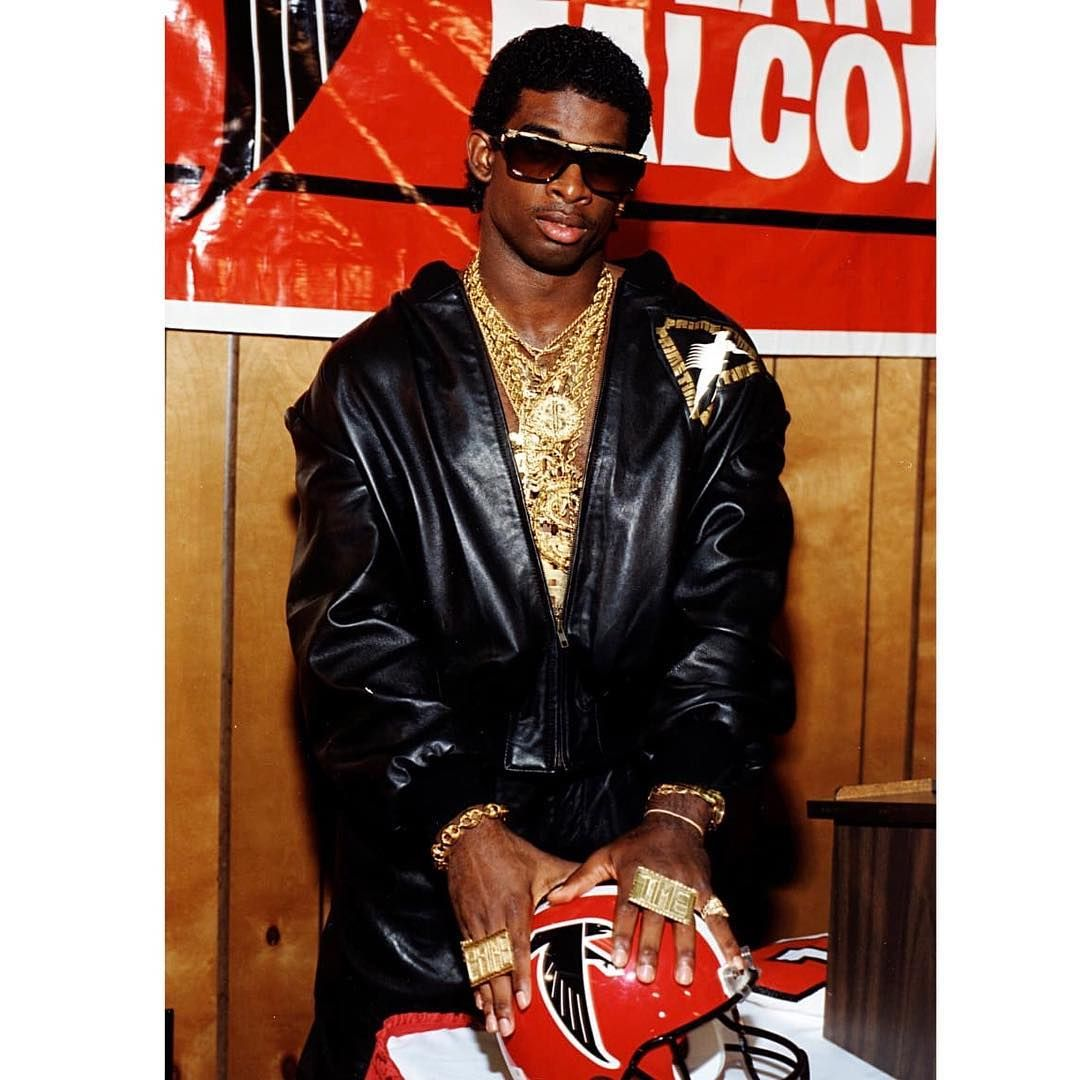 Atlanta Falcons On Instagram Find Us A Better Pic Of A Young Deion Sanders We Ll Wait Atlanta Falcons Iconic Photos American Football [ 1080 x 1080 Pixel ]