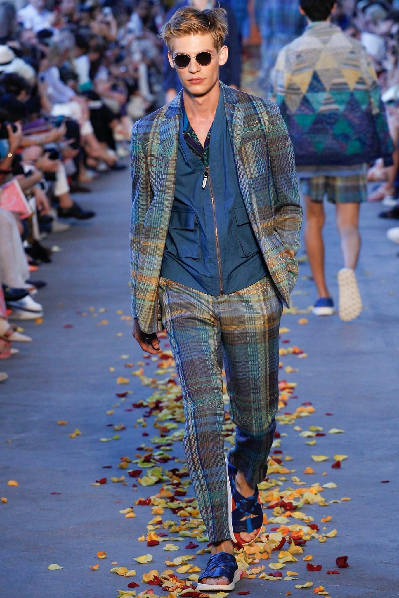 Missoni Spring 2016 Menswear Fashion Show