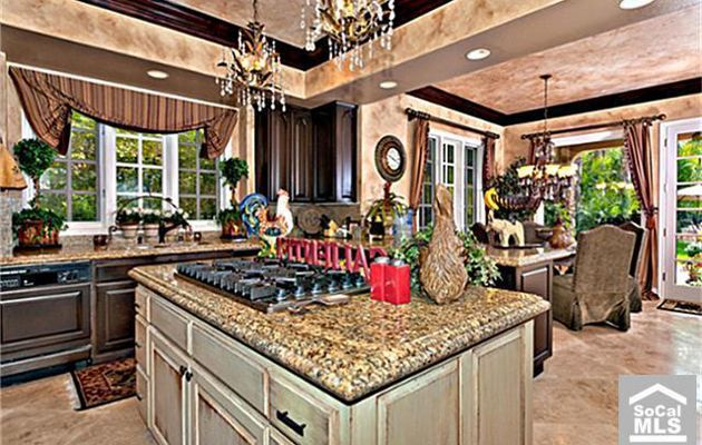 Great Orange County Housewife Vicki Gunvalsonu0027s Home Gets A Price Cut   NY Daily  News