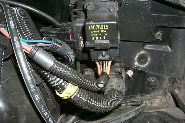 85 corvette fuel pump relay connector google search projection Chevrolet Corvette 1982 Fuel Pump Diagram
