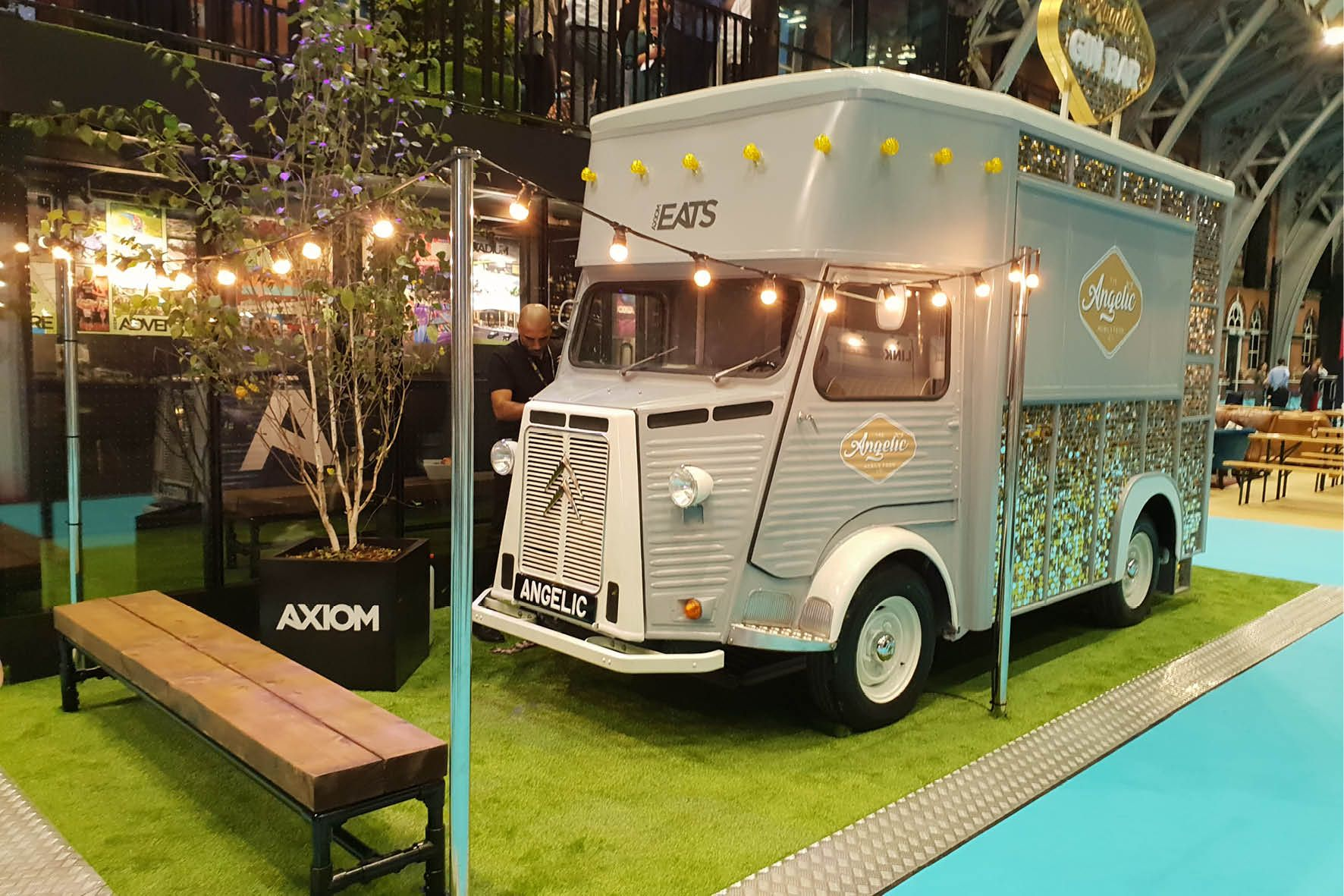 Great event decor ideas if youre having a food truck