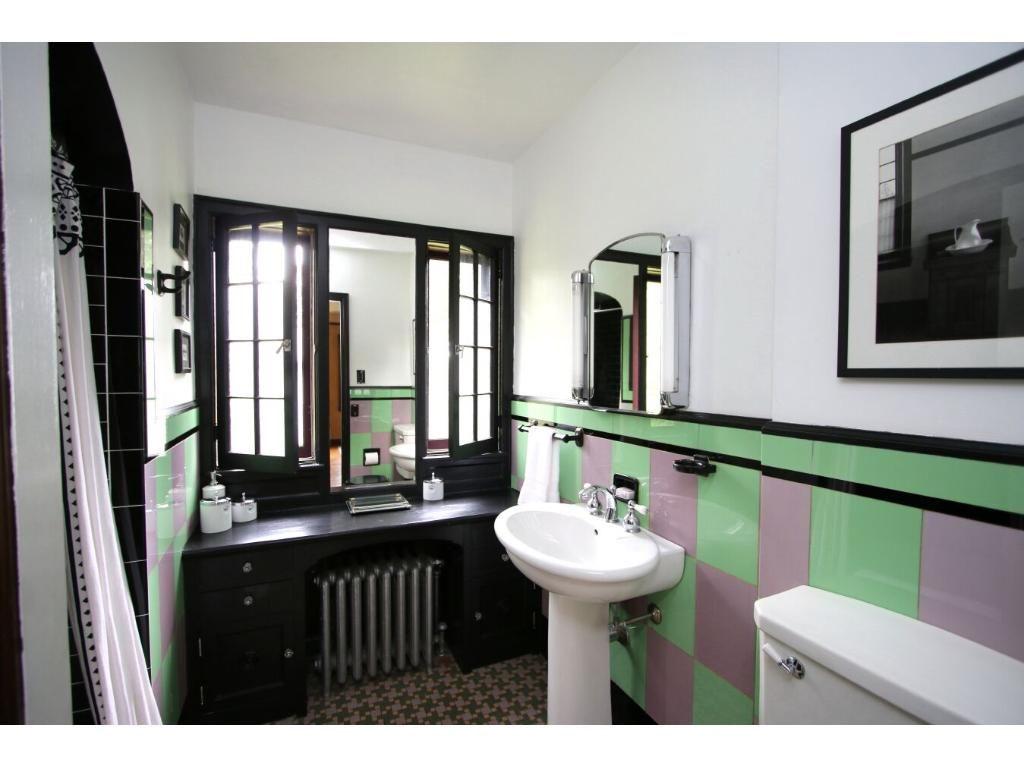 1930 Vitrolite glass tile bathroom | Glass tile bathroom ...