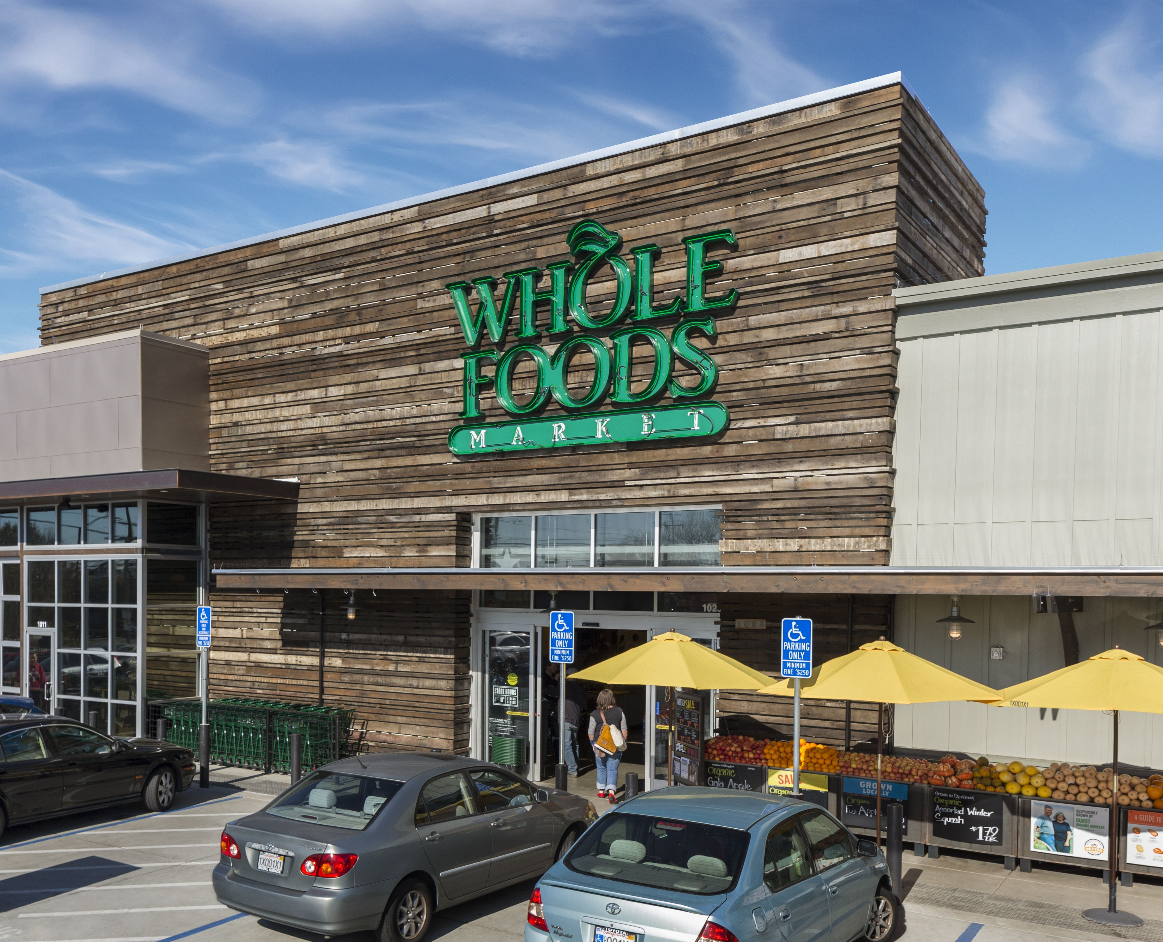 Berkeley Whole Foods store closed after security pepper