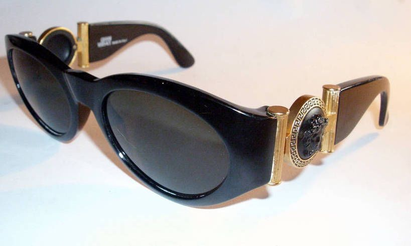 Versace Sunglasses (Men's Pre-owned Black Frame Gold Medusa Head Gianni Designer Sun Glasses)