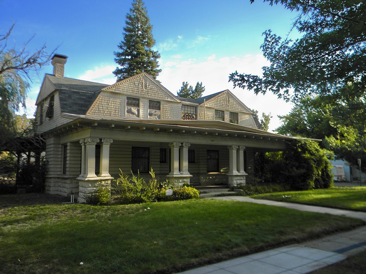 Dr William Henry Cavell House In Carson City Nevada House House Styles Carson City