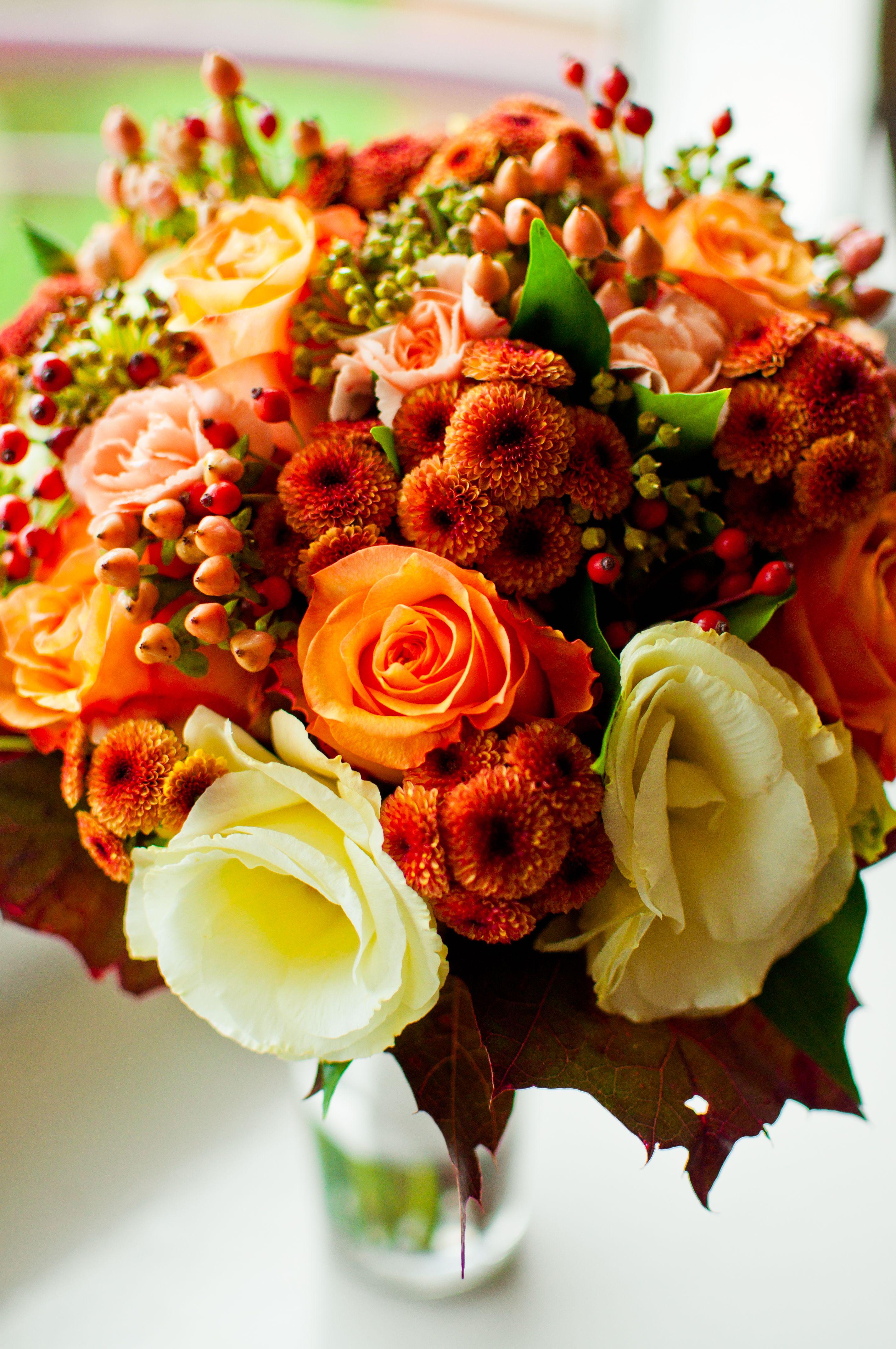 Tiamofoto Pl Bukiet Slubny Wedding Bouquet Jesien Jesienny Bukiet Panna Mloda Slub Wesele Dekoracje Detale Pomaranczowy Flowers Wedding Floral Wreath
