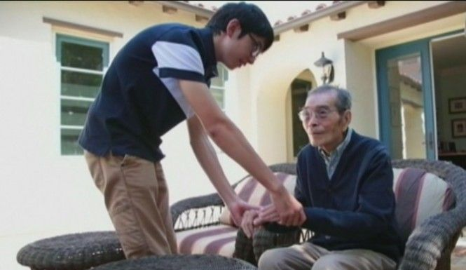 A 15-year-old has invented a device that could save Alzheimer's patients' lives by alerting caregivers to wandering