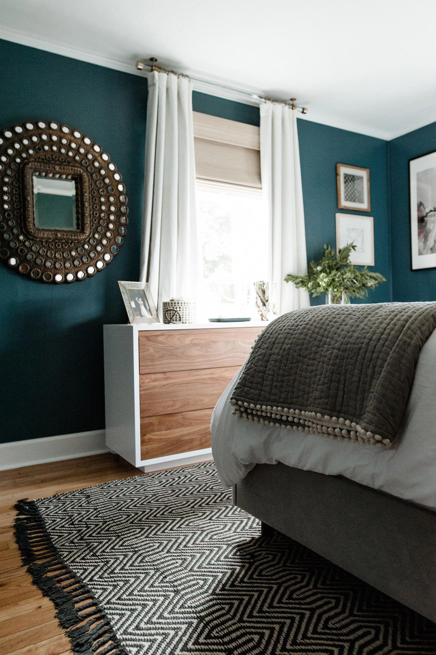 E Dificilimo O Desafio De Montar Uma Casa Do Zero Sem O Auxilio De Um Profissional Mas Tem Muita Gente Blue Master Bedroom Home Decor Bedroom Bedroom Interior