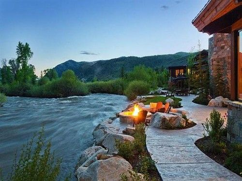 Google Image Result for http://cdnimg.visualizeus.com/thumbs/7f/a7/deck,dream,homes,fire,outdoors,water-7fa77f626f4c5a9846de29a32bcd0aa2_h.jpg