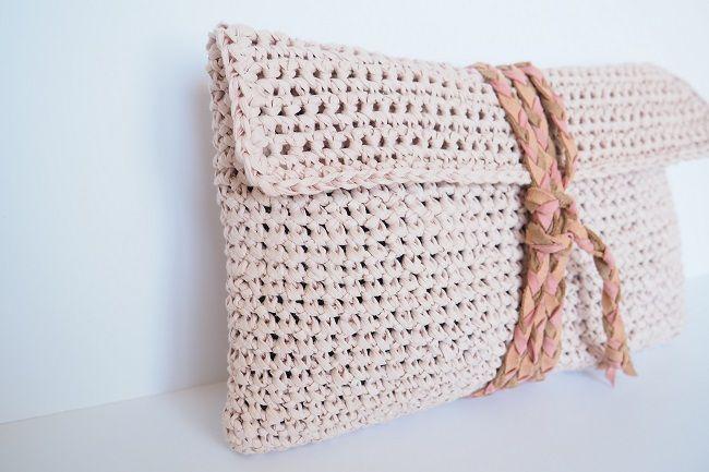 Gut bekannt Patron pour crocheter une pochette | Le crochet, Pochettes et  MX85