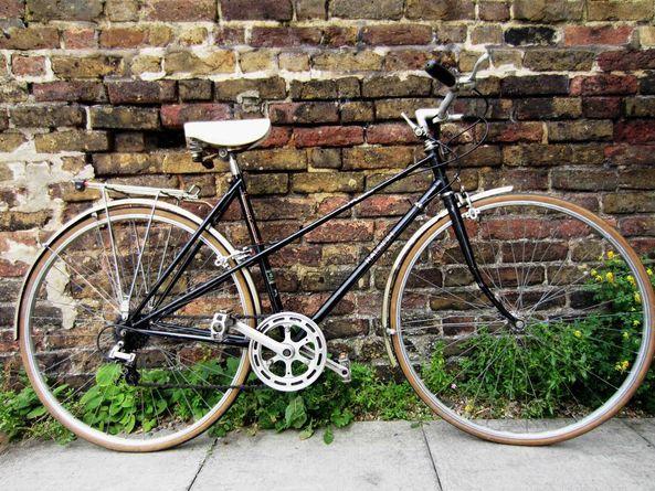 Vintage Ladies Dutch Style Bike Raleigh Richmond Lady 5 Speed