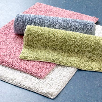 We are one of the leading suppliers of wholesale bath mats which