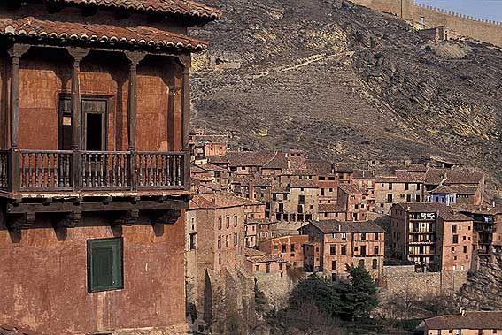 #Albarracín, uno de los #pueblosmasbonitos de #España #Aragón