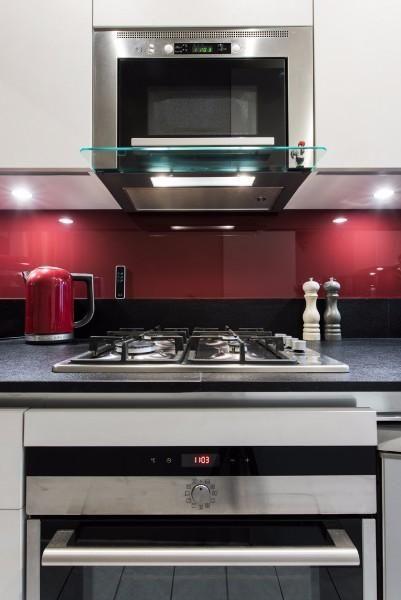 GD Cucine petite cuisine gain de place rouge et noir, plan de - plan de travail cuisine rouge