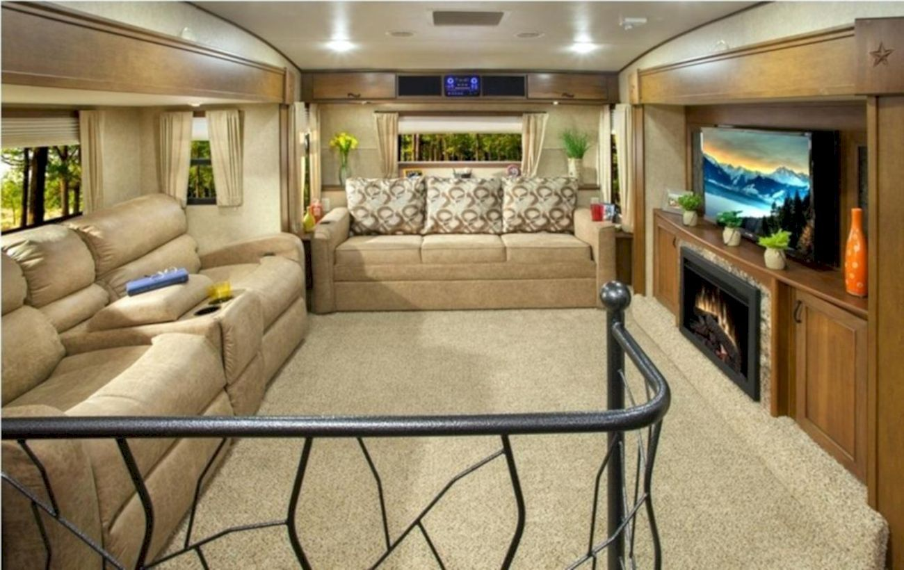 37 How To Build Best RV for Your Road | Living room ...