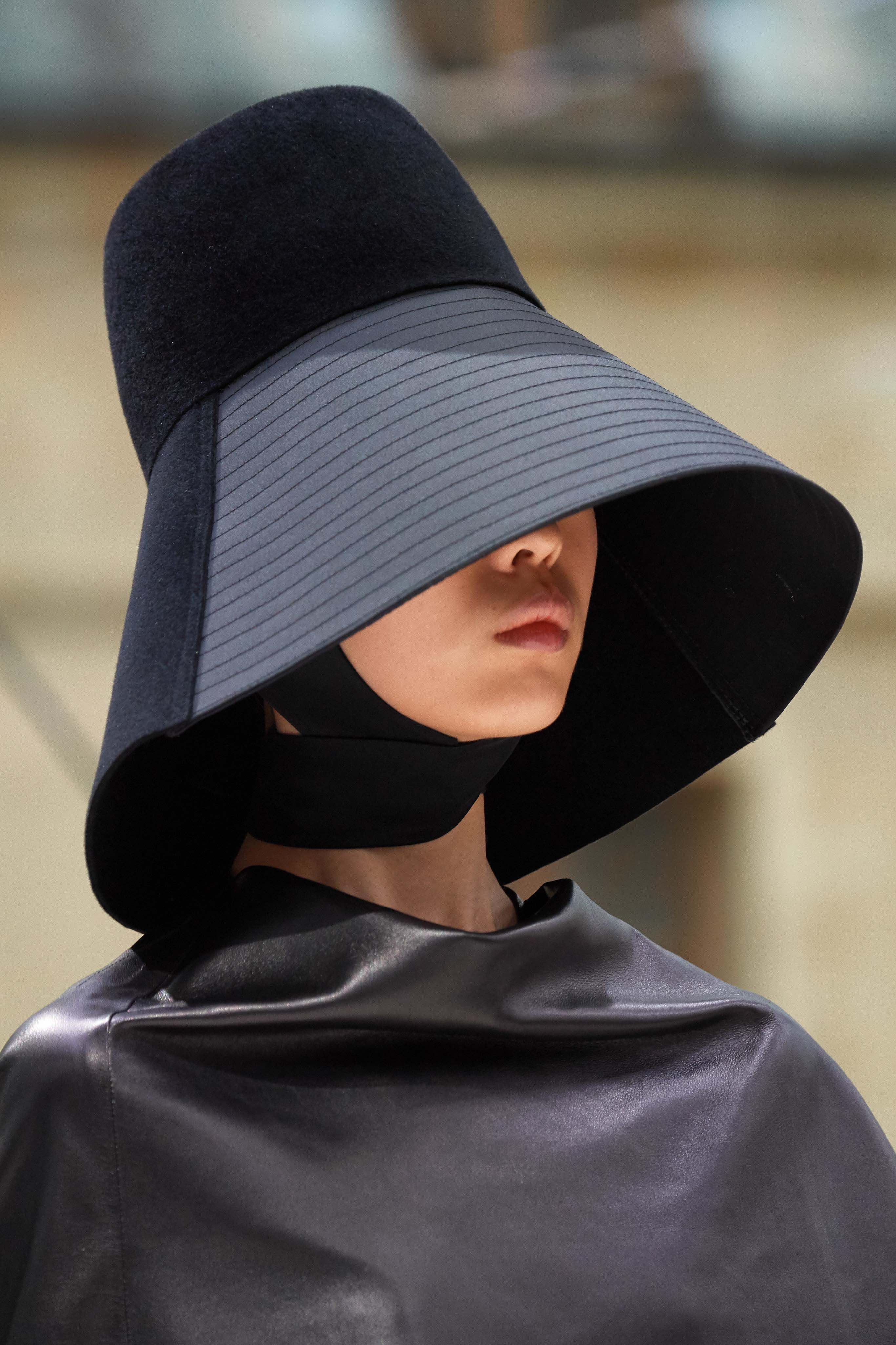 Hat Trends 2020.Fall Winter 2019 2020 Trends Fashion Week Coverage