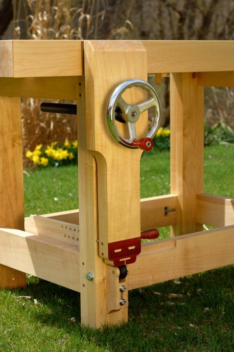 I Like The Fast Action Screw On The Vise Workbenches En 2019 Woodworking Workbench