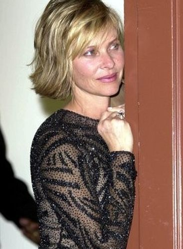 Kate Capshaw Bobs Your Uncle In 2019 Hair Styles Curly Hair