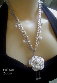\ PINK ROSE CROCHET /: Colar Crochê com Flor