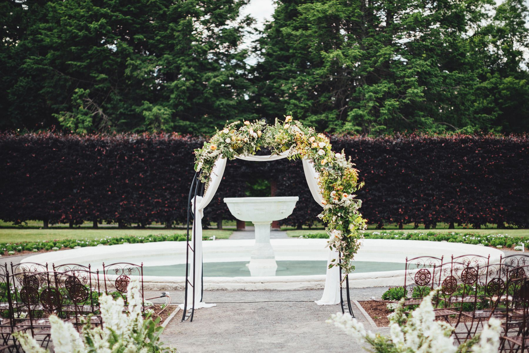Outdoor garden wedding decoration ideas  Blogger Bride Colour Blocus Elegant Garden Wedding  Wedding