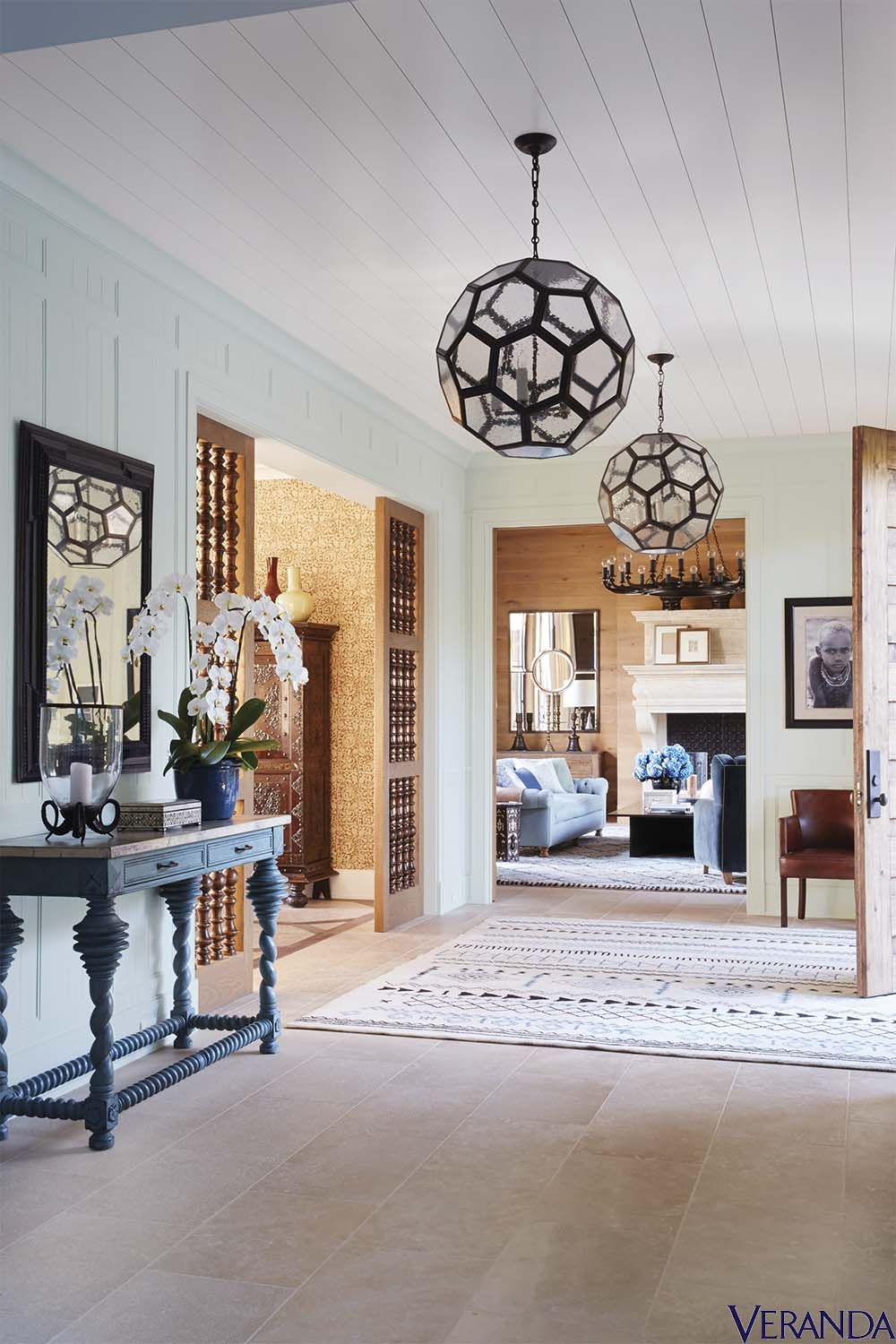 15 Entrance Hall Table Styles To Marvel At: 15 Of The Most Welcoming Entryways We've Ever Seen