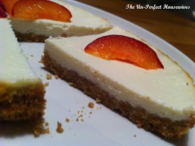Light Cheesecake.  For the recipe: http://theunperfecthousewives.blogspot.nl/2013/04/recipe-light-cheesecake.html #theunperfecthousewives