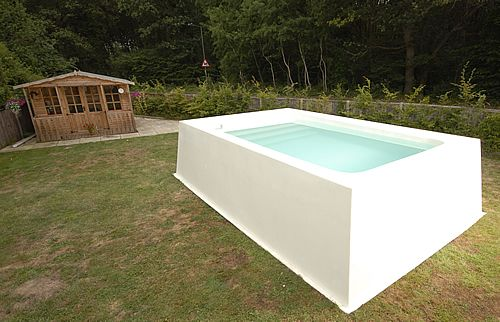Small above ground pools three models 1 above the ground for Above ground swimming pools uk