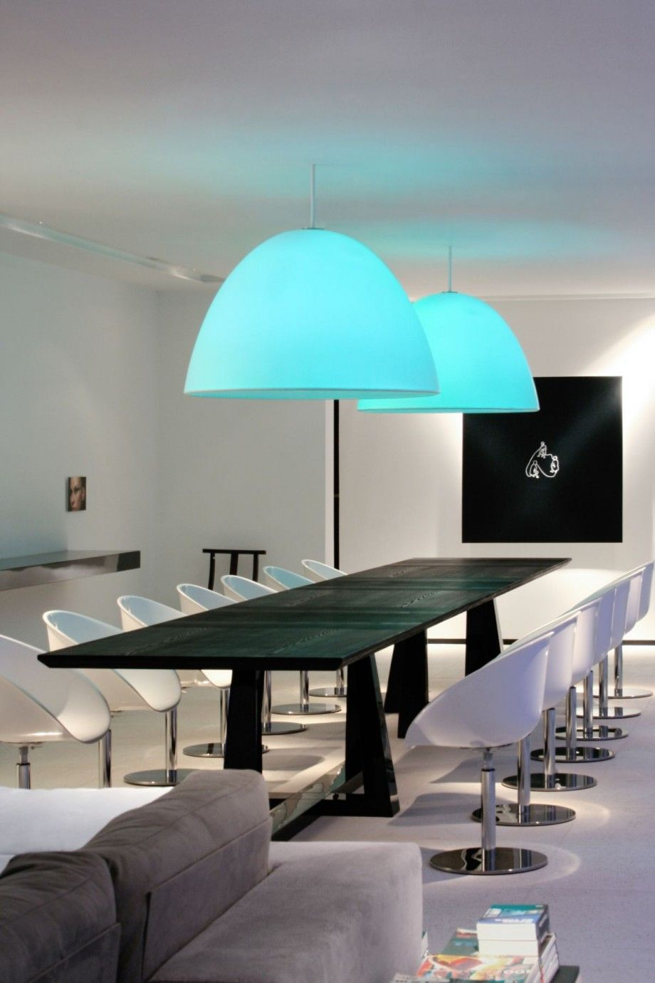 Futuristic Dining Room Design By Extraordinary Blue Shades From Half ...