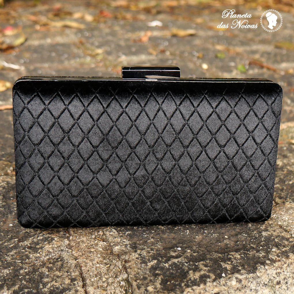 0bb623a91 Ao entrar em nosso site, você consegue ver todas as cores de nossas peças,  como essa linda bolsa de acrílico estilo madre pérola que é … | Bolsa Clutch  ...
