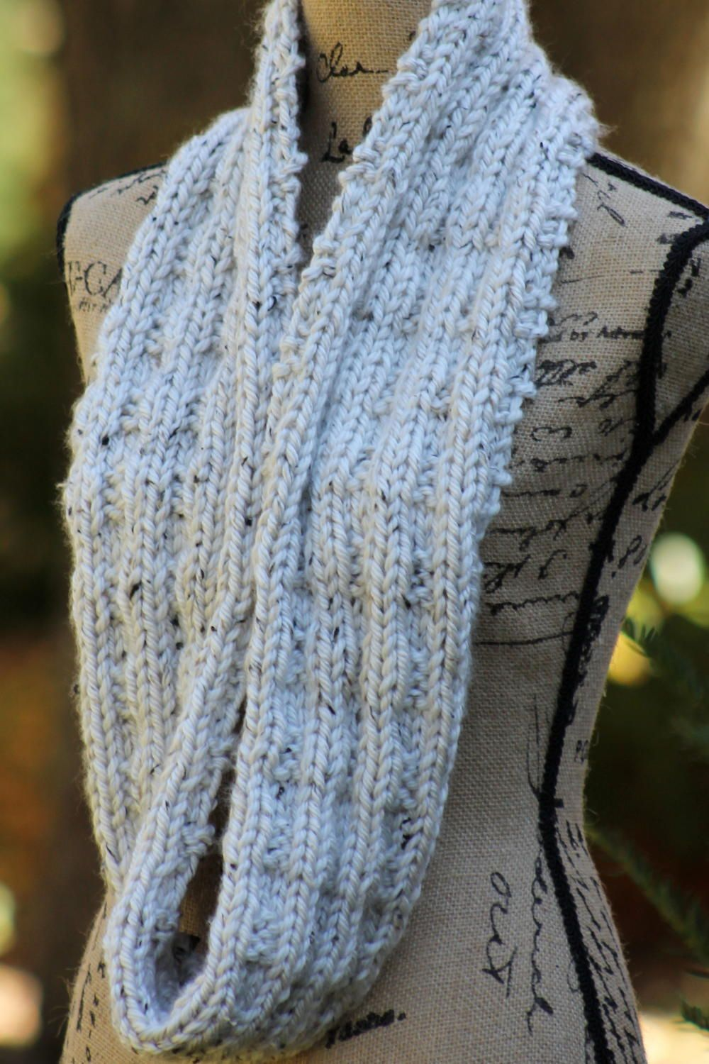 Winter\'s Eve Cowl | Knit cowl, Scarves and Yarns