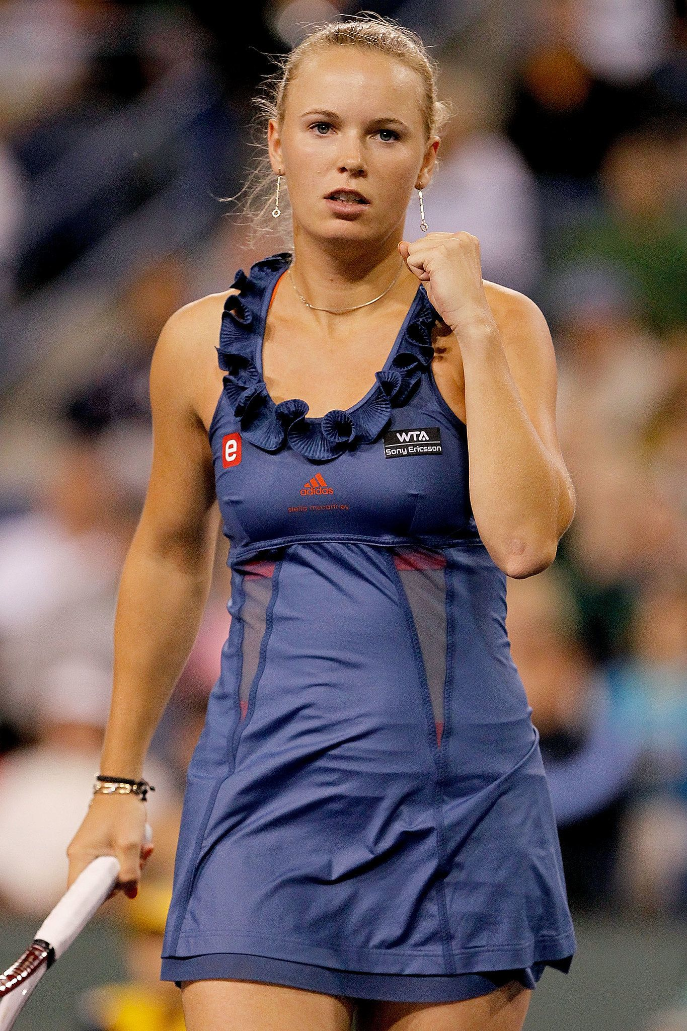 Caroline Wozniacki Debuted Adidas By Stella Mccartney Tennis Ruffle We Ve Got Nothing But Love For These Ace Tenni Tennis Dress Tennis Clothes Tennis Fashion
