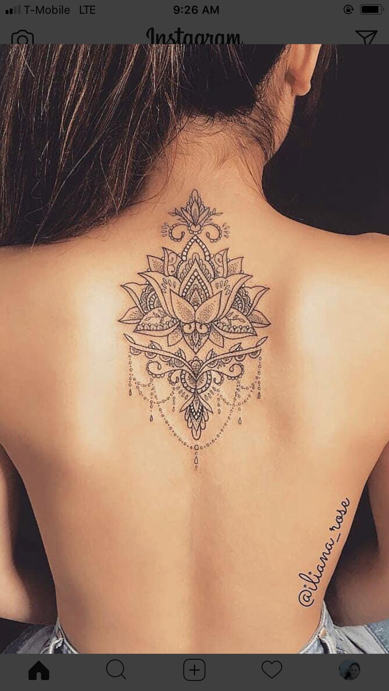 Tatouage Dos Entre Omoplates Femme Tatouage Bijou Mandala