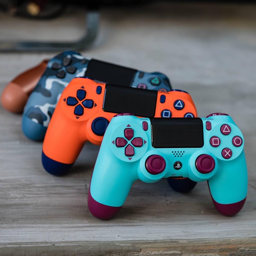 Choose your color 🎮 (DUALSHOCK 4 wireless controllers)